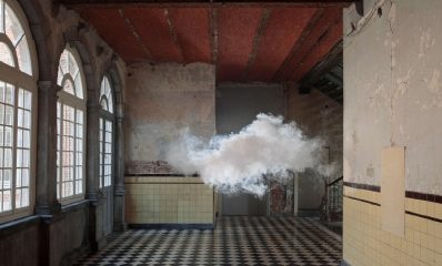 berndnaut-smilde-nimbus-d_aspremont-2012-cloud-in-room-lambda-print-on-dibond-125-x-184-cm-castle-of-d_aspremont-lynden-rekem-be-photo-cassander-eeftinck-s